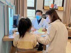 """【仁品案例】反复感冒让5岁女童 """"变矮""""?孩子感冒出现这些症状需要家长重"""